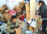 浏阳快递员夫妻同上阵一天送出600个包裹