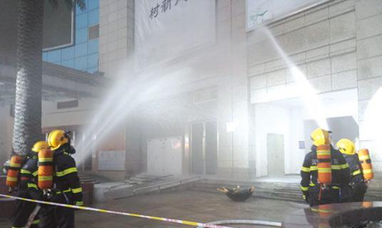 消防演练进楼栋