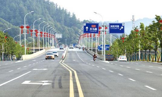 浏阳河六桥重装上线